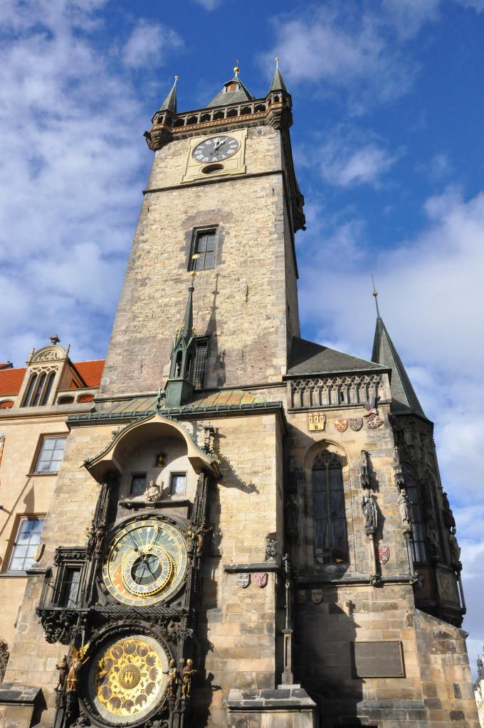 Староместская ратуша с пражскими курантами