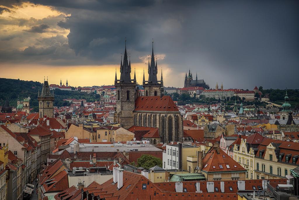 Вид на Прагу с Пороховой башни