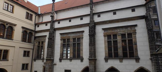Старый королевский дворец в Пражском граде