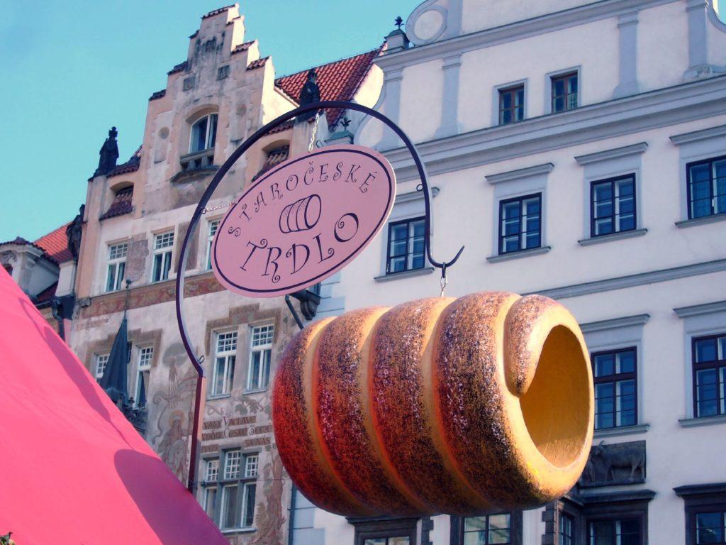 Чешский трдельник - лакомство для сладкоежек