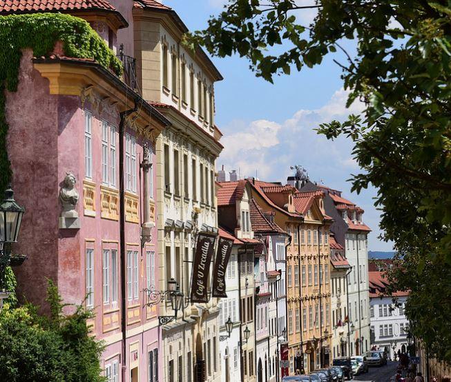 Прага в июне - что взять и что делать: отдых, погода, отзывы | 554x653
