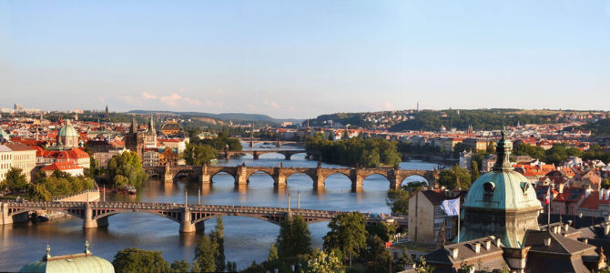 Прага в июне: особенности погоды, как одеваться, экскурсии, что посмотреть и куда сходить