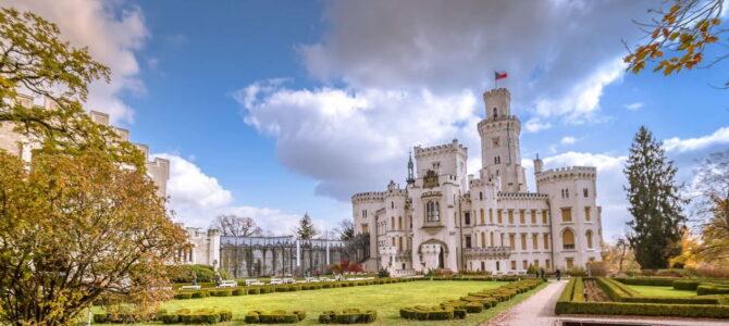 Как добраться до замка Глубока над Влтавой из Праги